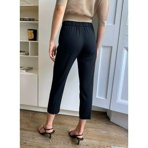 Aritzia Babaton Light weight Black Pants Size M